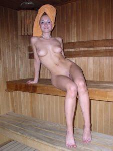 Проститутка в сауне