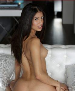 Проститутка брюнетка